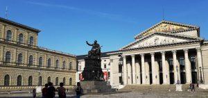 Múnich. Residencia Real y Ópera.