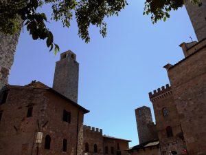 Piazza del Duomo. San Gimignano