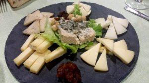 Restaurante Cares. Tabla de quesos