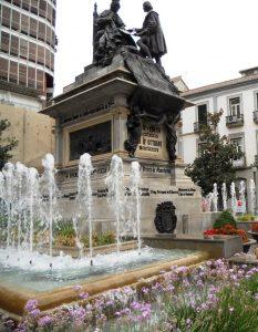 Granada. Plaza de Isabel La Católica.