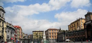 Nápoles. Piazza Dante