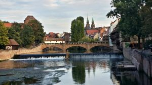 Nuremberg desde el Puente Kettensteg.