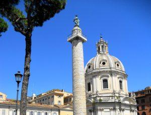 Roma. Columna de Trajano y Basílica Ulpia.