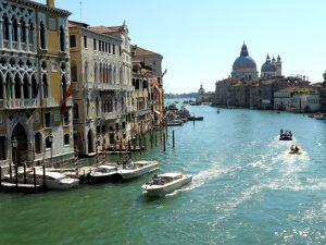 Venecia. Gran Canal. Puente de la Academia