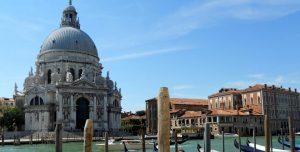 Venecia. Santa María della Salute.