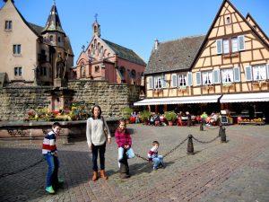 Eguisheim. Plaza del Castillo
