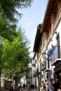 Granada. Albaicín. Plaza Larga