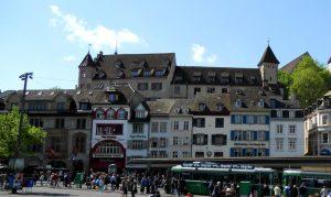 Basilea. Barfüsserplatz