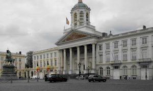 Bruselas. Plaza Real. Iglesia de Saint Jacques.