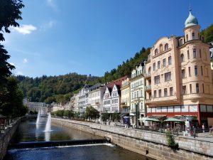 Karlovy Vary. Calle Stará.