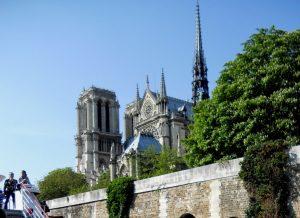 París. Notre Dame desde el Sena