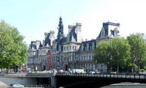 París. Puente de Arcole y Hôtel de Ville.