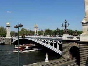 París. Puente de Alejandro III.