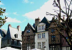 Tours. Plaza Plumereau.