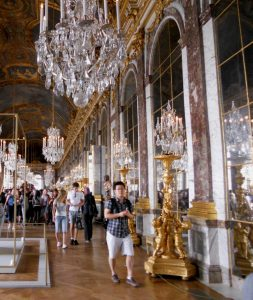Versalles. Galería de los Espejos. Galerie des Glaces.