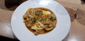 Salamanca. Corte & Cata. Huevos con callos