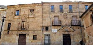 Salamanca. Casa de las Muertes y casa de Unamuno.