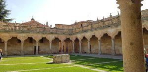 Salamanca. Patio de las Escuelas Menores.
