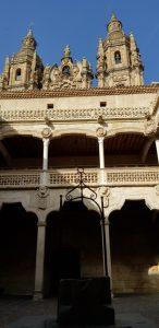 Salamanca. Casa de las Conchas. Patio