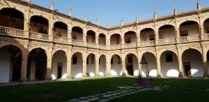 Salamanca. Colegio Fonseca. Patio.