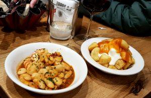 Salamanca. Tapas 2.0. Judiones con pulpo y patatas bravas