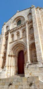 Zamora. Catedral. Portada del Obispo