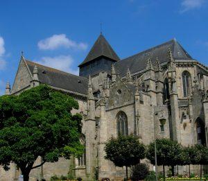 Bretaña. Dinan. Iglesia de Saint Malo.