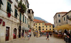 Kotor. Plaza Oruzia