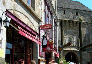 Normandía. Mont Saint Michel. La Mére Poulard.