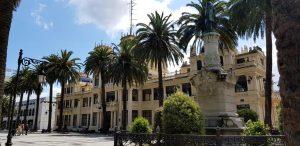 La Coruña. Jardines de Méndez Núñez. Casino.