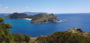 Islas Cíes. Isla de San Martiño y faro da Porta.