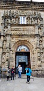 Santiago. Hostal de los Reyes Católicos. Portada.