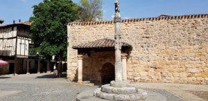Covarrubias. Plaza de Doña Sancha