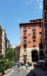 Madrid. Arco de Cuchilleros.