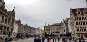 Gante. Plaza Korenmarkt.