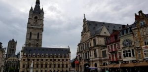 Gante. Torre Belfort y Real Teatro Holandés