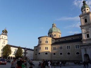 Salzburgo. Residentzplatz.