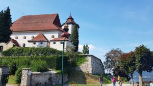 Traunkirchen. iglesia de María Kroenung
