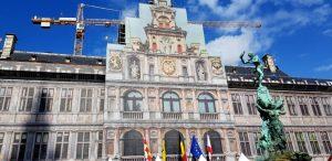 Amberes. Grote Markt. Ayuntamiento