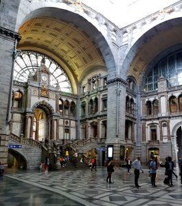 Amberes. Estación Central.