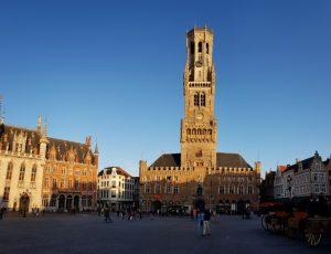 Brujas. Grote Markt. Torre Belfort.