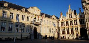 Brujas. Plaza del Burg. Palacio de Justicia y Escribanía Civil