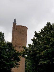 Brujas. Torre Polvorín.