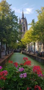 Delft. Oude Delft y Oude Kerk.
