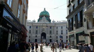 Viena. Calle Kohlmarkt y Palacio Hofburg