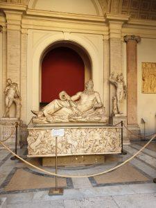 Roma. Vaticano. Patio Octógono.