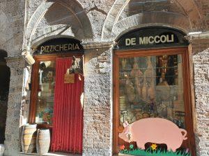 Siena. Pizzicheria de Miccoli