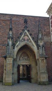 Utrecht. Entrada al claustro de la catedral