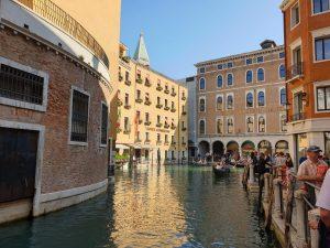 Venecia. Punto de embarque en góndola.